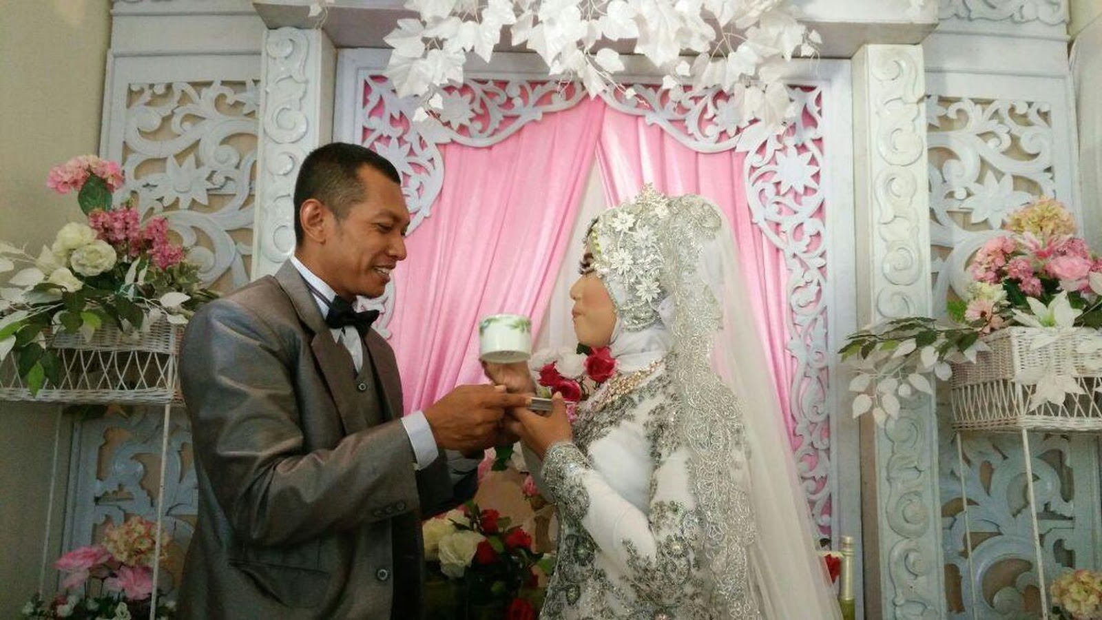 Pernikahan Angga Yudistira dan Wastiti Putri SW