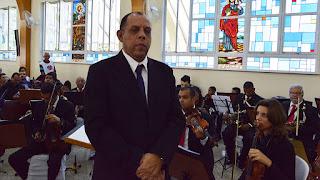 Maestro Carlos Pimenta com a Orquestra São Lourenço, do Rio de Janeiro: participação especial na missa pelo Aniversário da Cidade