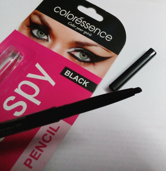 COLORESSENCE (Eyes Spy) KAJAL PENCIL REVIEW AND PICTURES
