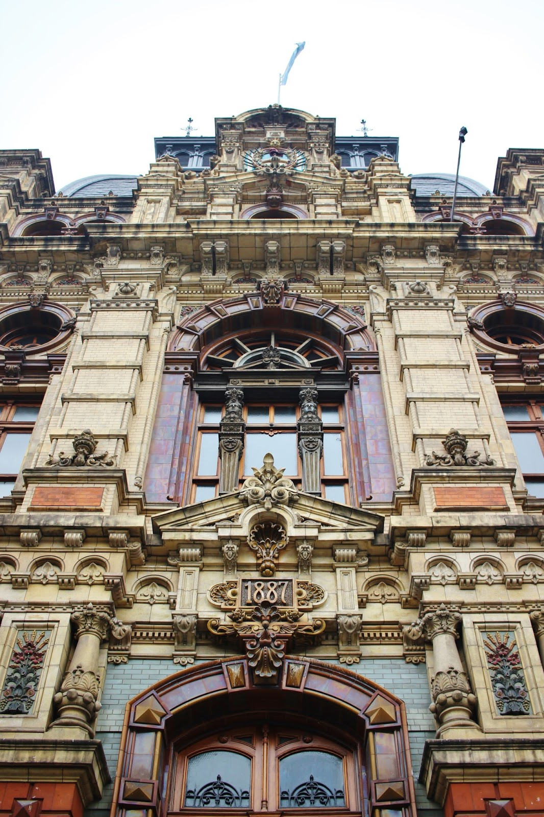 PALACIO DE AGUAS CORRIENTES 1887