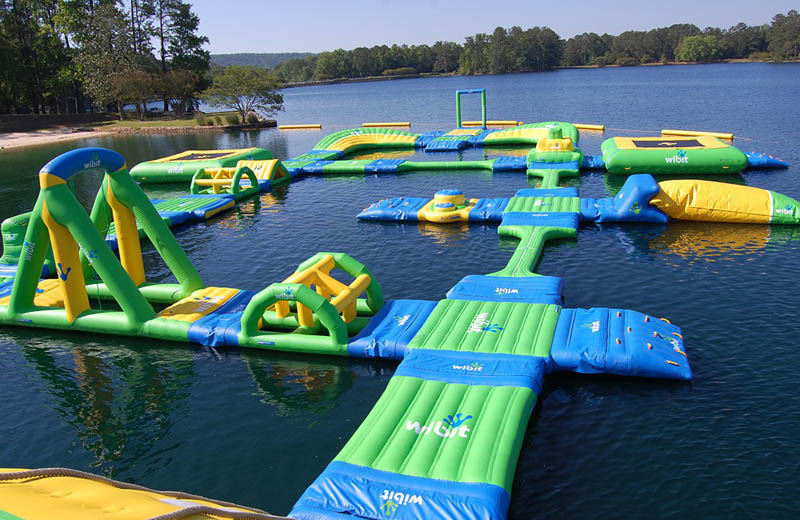 Zwembad Gasselte Coolest Inflatable Water Parks ~ Damn Cool Pictures
