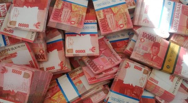 Cara Mendapatkan Uang Ratusan Juta dari Trading