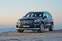 2012 all new Mercedes GL350 luxury suv offroad official media picture