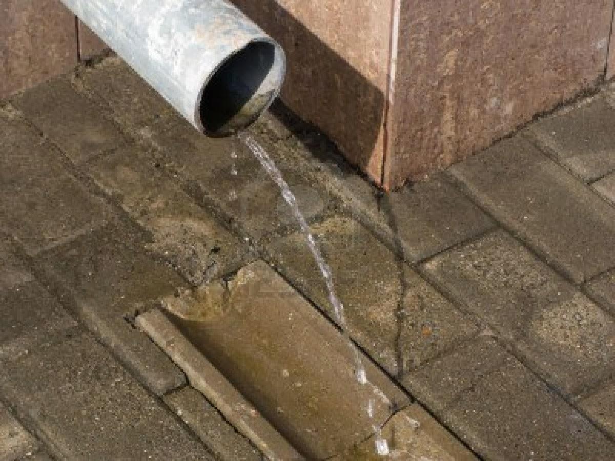Rain Water Drain Pipe - Acpfoto