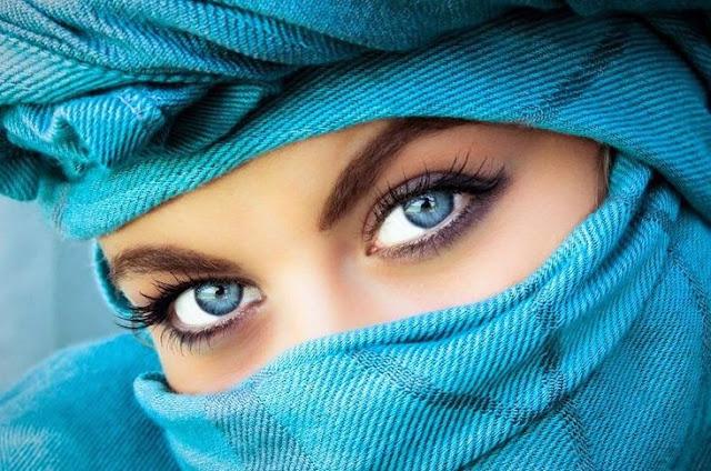 Wanita Bahagia Itu Tak Akan Sibuk Memamerkan Semua yang Dimilikinya
