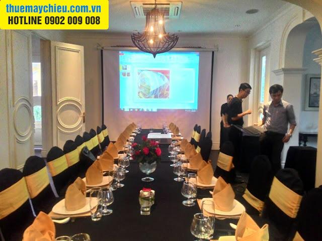 VNPC cho thuê máy chiếu tổ chức họp tổng kết thường niên