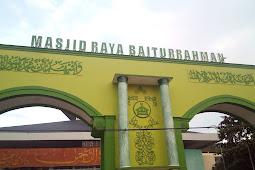 """Numpang Mandi di Masjid Raya Baiturrahman """"Kota Semarang"""""""