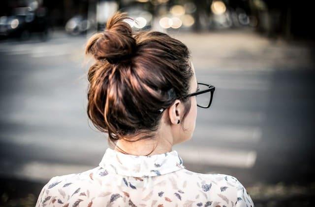 Tidak ingin ribet, hair bun bisa menjadi solusi