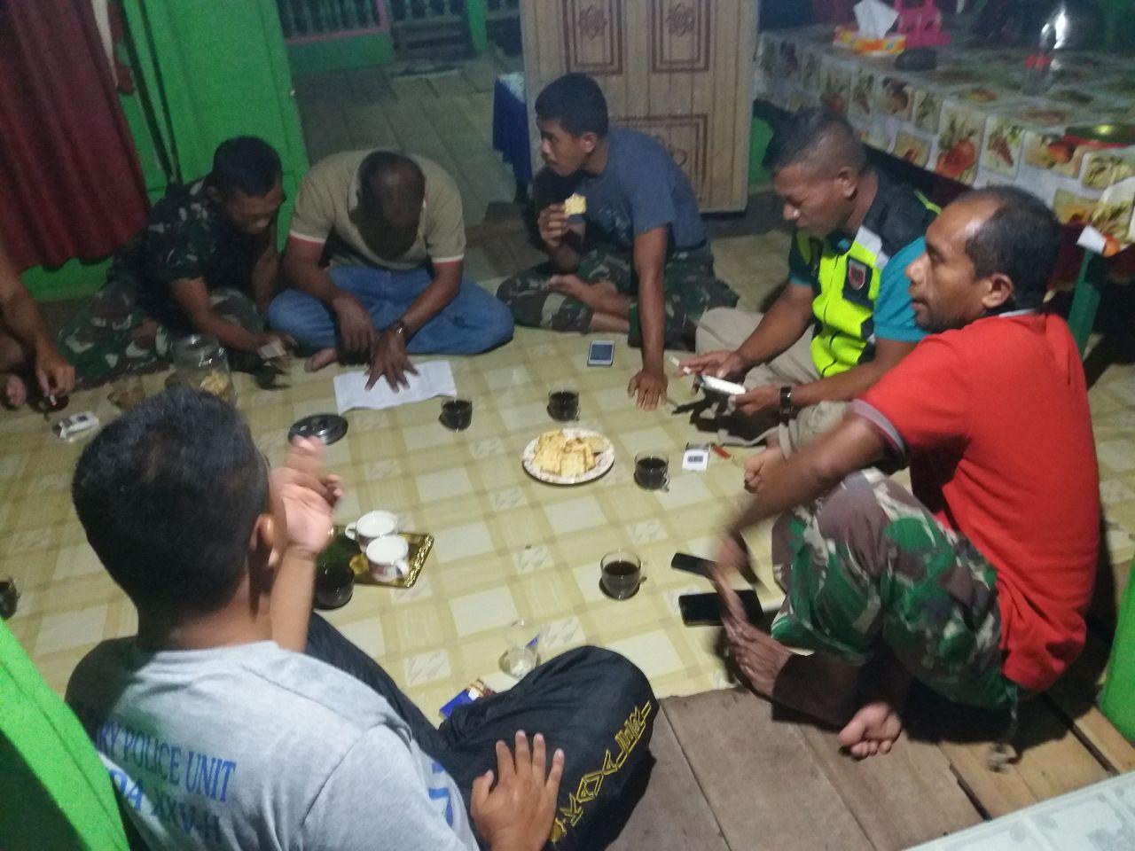 Libatkan Warga, Rapat Evaluasi Pekerjaan TMMD Dilaksanakan di Rumah Warga