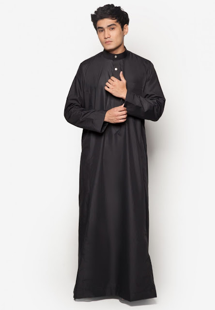 JUBAH A REGULAR FIT