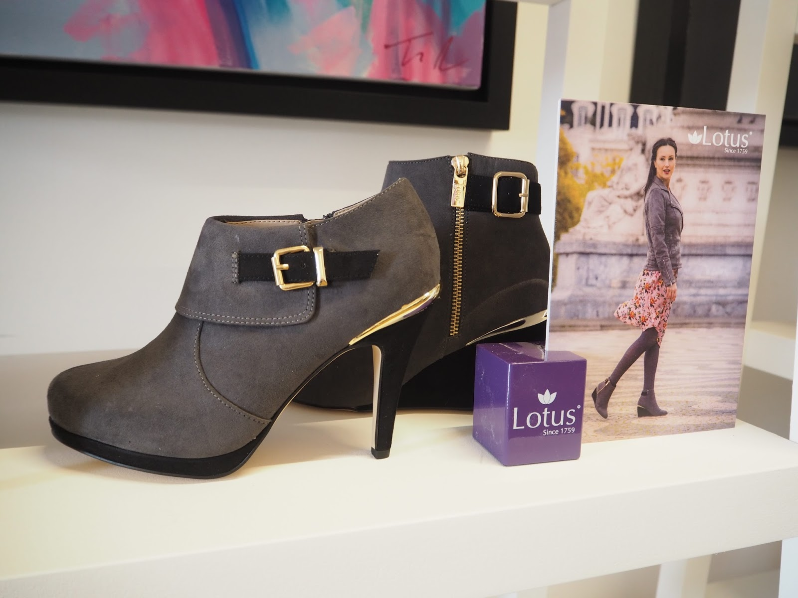 What-Lizzy-Loves-Lotus-Press-Day-AW17-grey-high-heels-ankle-boots-gold-hardwear