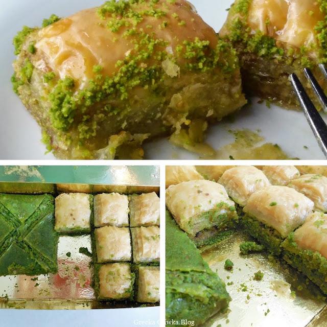 miniaturowe ciasteczka w cieście filo z nadzieniem pistacjowym, baklava pistacjowa w kolorze zielonym