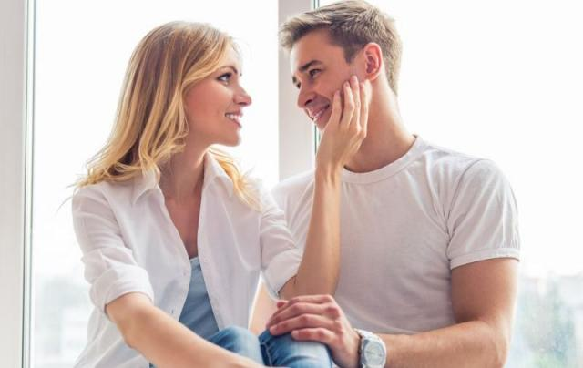 6 τρόποι να κάνεις έναν άντρα να σε ερωτευτεί!