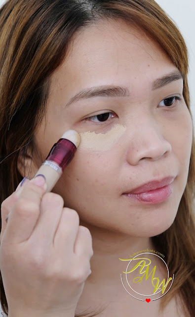 a photo of Maybelline Instant Age Rewind Dark Circles Eraser Concealer review by Askmewhats Nikki Tiu