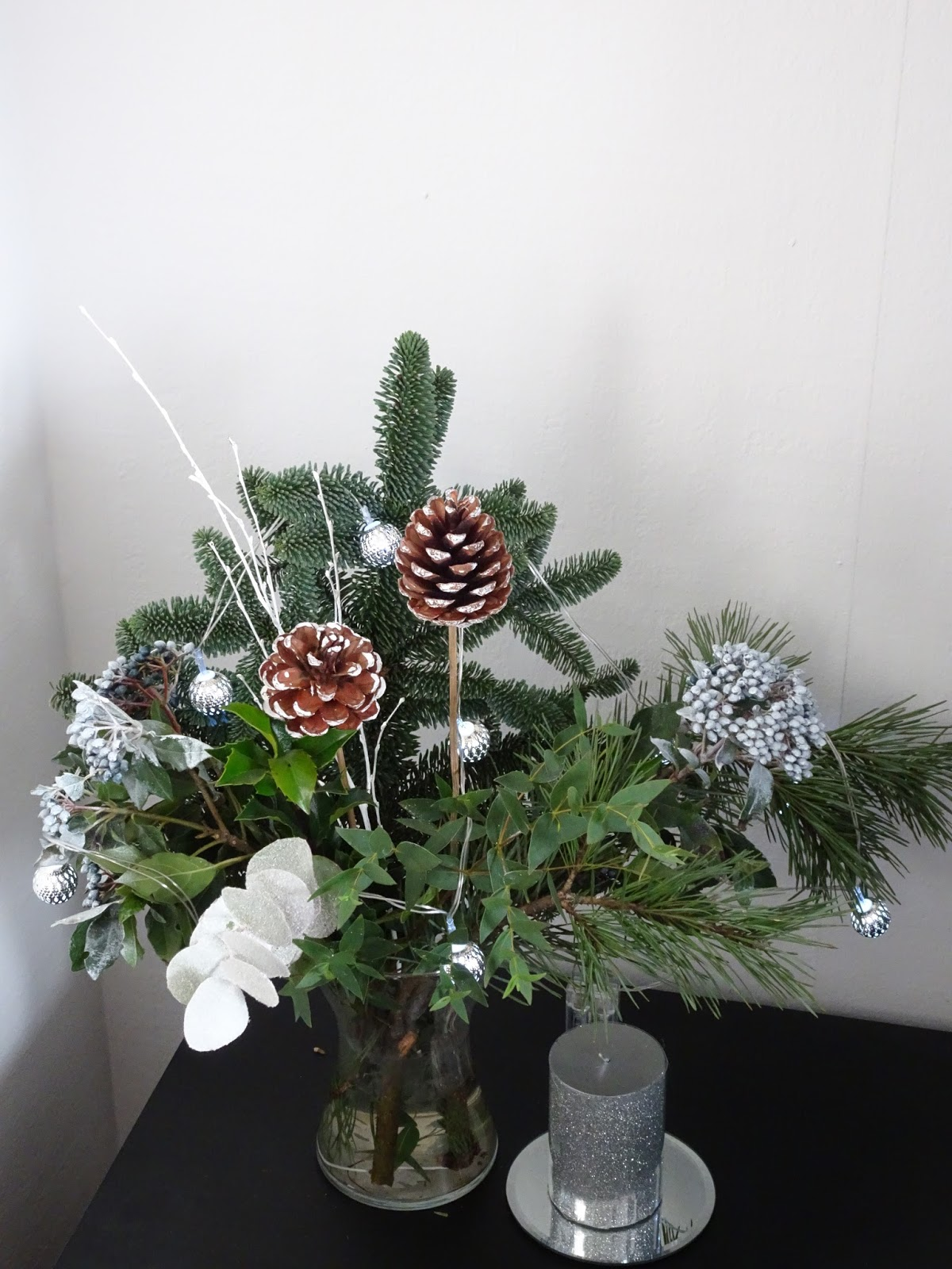 waitrose christmas flowers