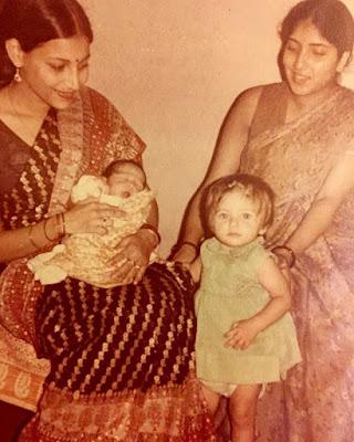Kanika with brother childhood photo
