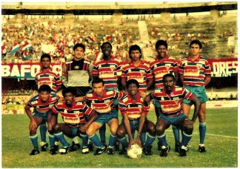 06a2e3bbe5 15 12 1991 - O Fortaleza foi campeão estadual cearense pela 28ª vez ao  empatar com o Ceará em 1 x 1