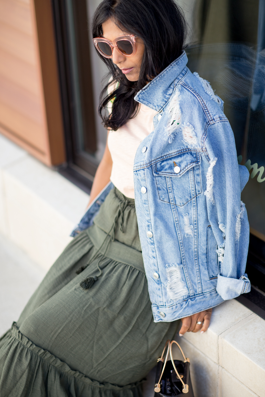 denim, denim jacket, distressed denim, outerwear, summer style, fall style, casual outfit, fall wardrobe updates, style tips, petite fashion, topshop, h&m, casual chic, affordable style