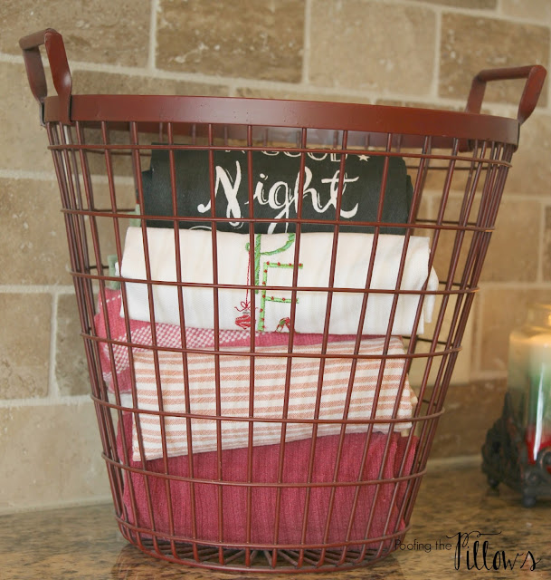 Christmas in the kitchen at Poofing the Pillows, Christmas in Texas Blog Hop 2015