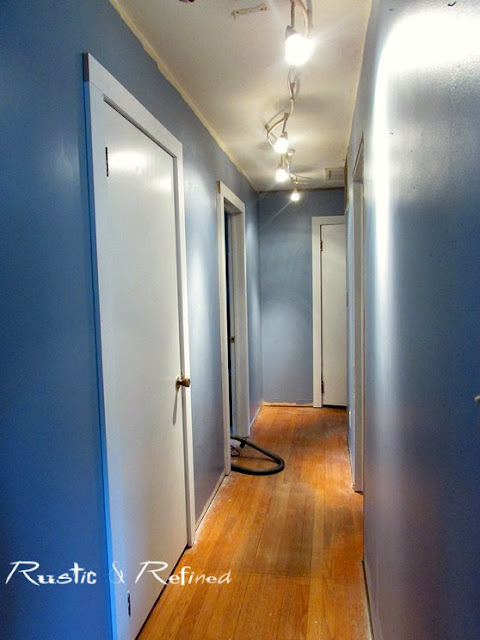 Hallway Decorating Ideas and diy's you can do to update the space.