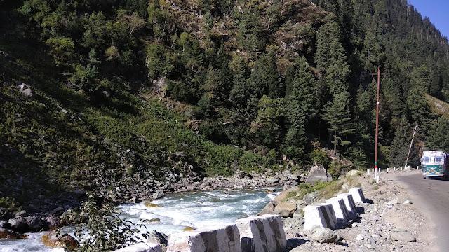 Leh Ladakh Bike Trip, Sonmarg