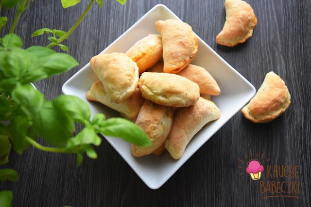 Pieczone pierożki kebabowe z indykiem
