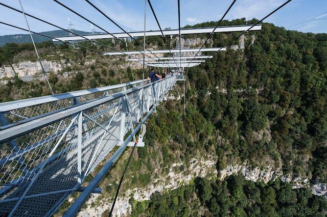 Sochi - Rússia - Maior ponte suspensa para pedestres do mundo
