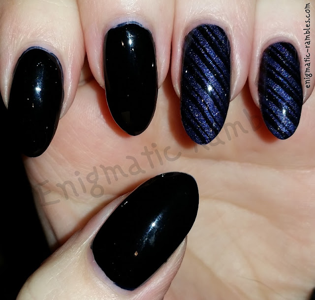 bm423-bm-424-striped-nails-nail-art
