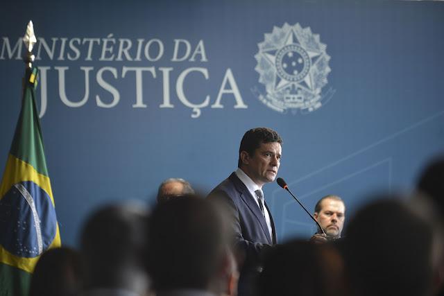 Bolsonaro ordena que Polícia Federal reforce segurança de Sergio Moro