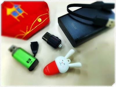 benda yang ada di dalam tas