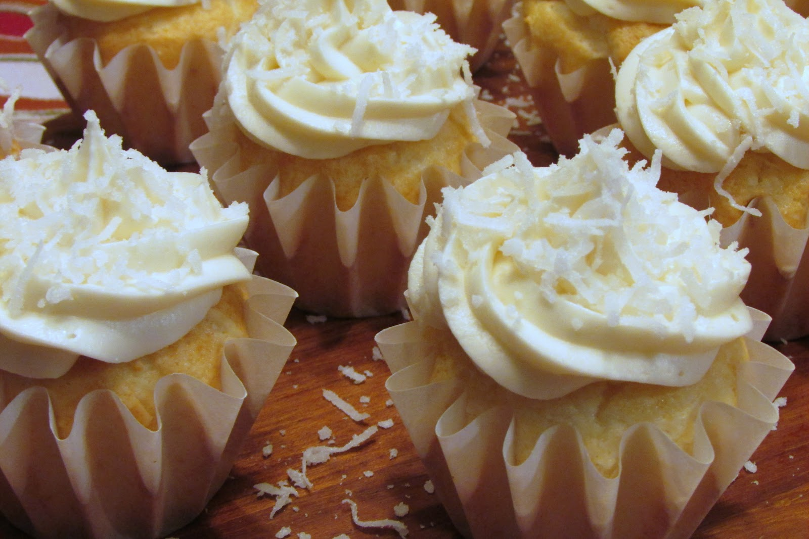 Baker Becky: Coconut Cupcakes