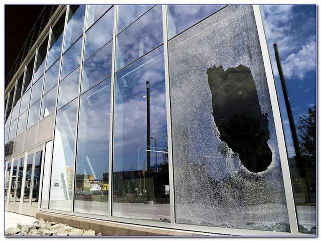 How To Fix A Broken GLASS WINDOW pane