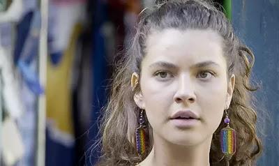 Rita (Alanis Guillen)