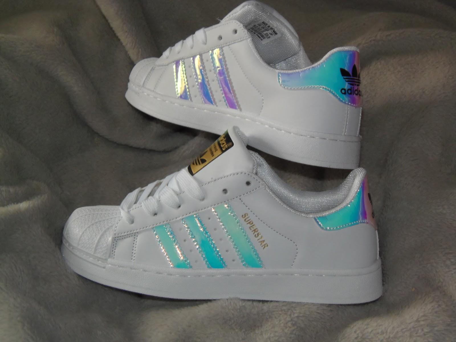 adidas superstar blancas con colores