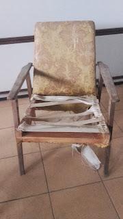 odnawianie fotela z PRL