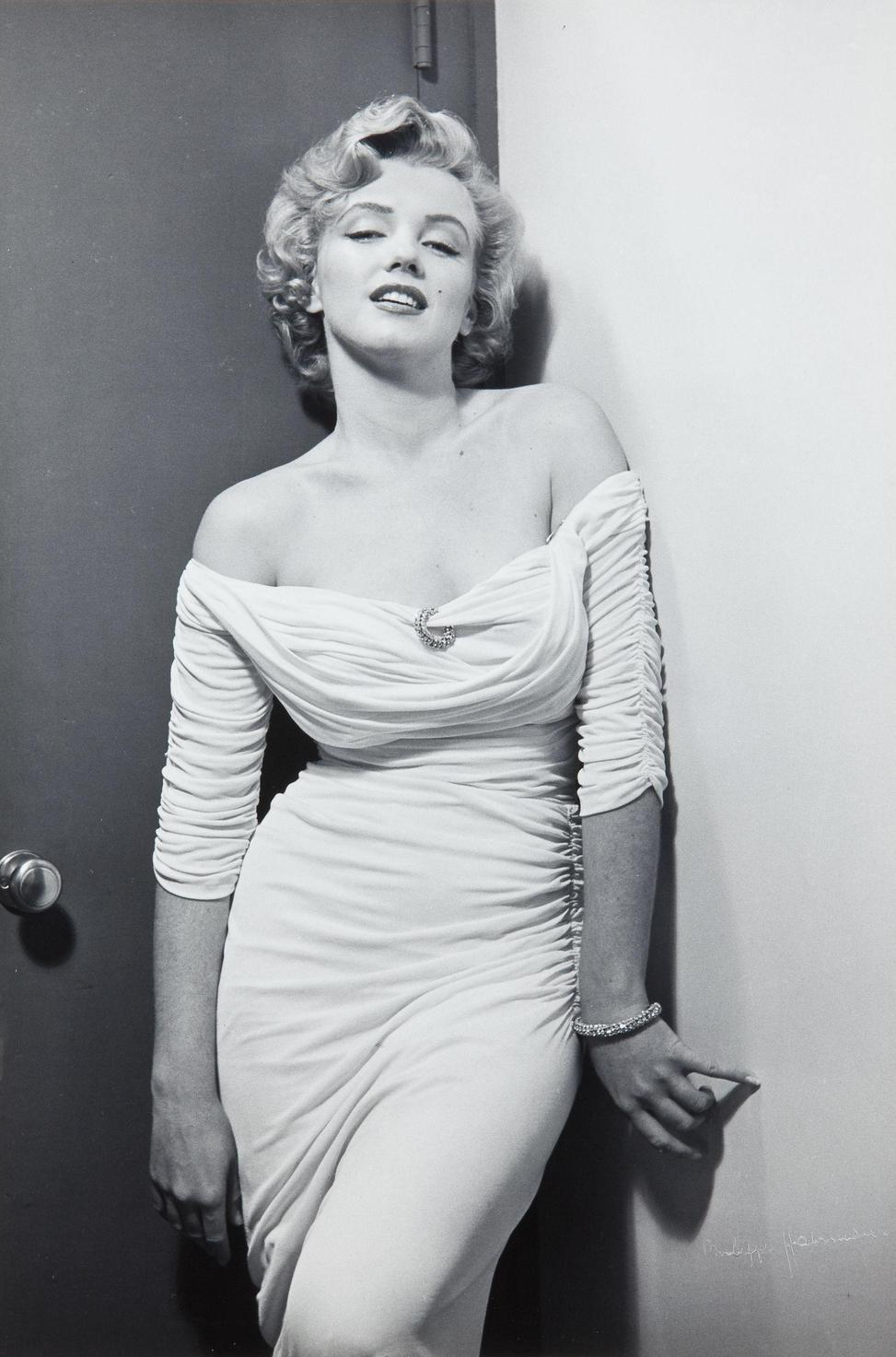 Marilyn Monroe Living Room Decor: Two-Fisted Tales Of True-Life Weird Romance!: Marilyn Monroe