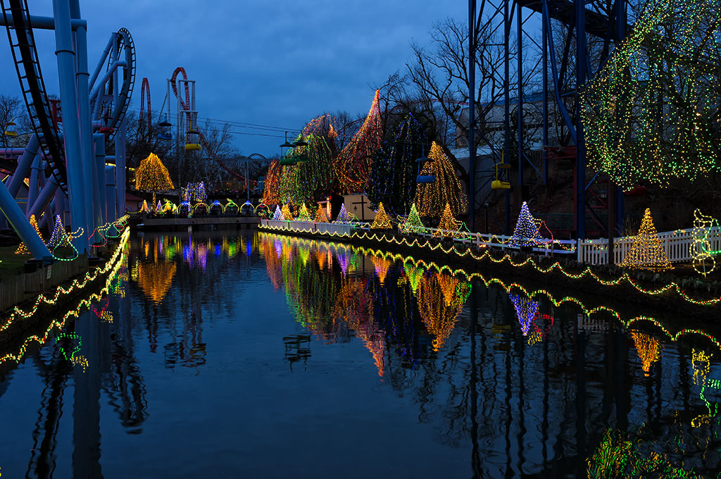 Christmas lights at Hersheypark