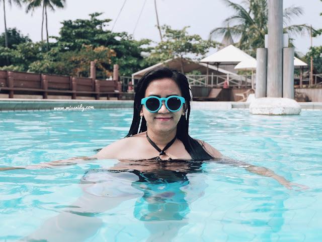 berenang di putri duyung ancol