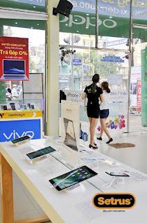 Chuỗi cửa hàng điện thoại dùng thíết bị chống trộm điện thoại 1