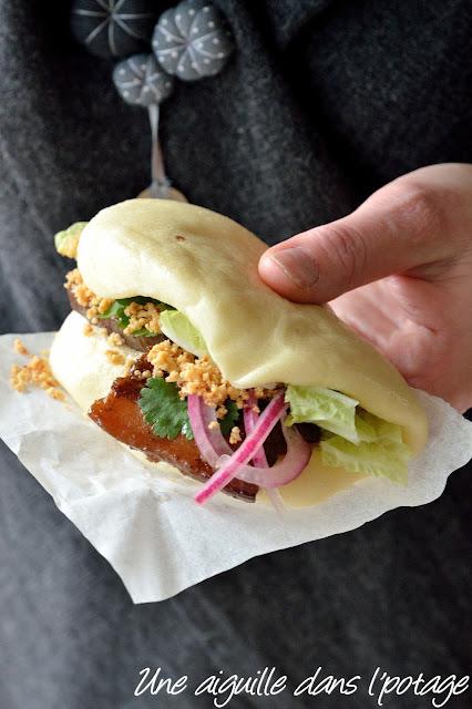 Gua bao, sandwich taïwanais au porc (street food) cuisine asiatique