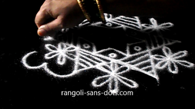 Karthigai-kolam-with-dots-2011ae.jpg