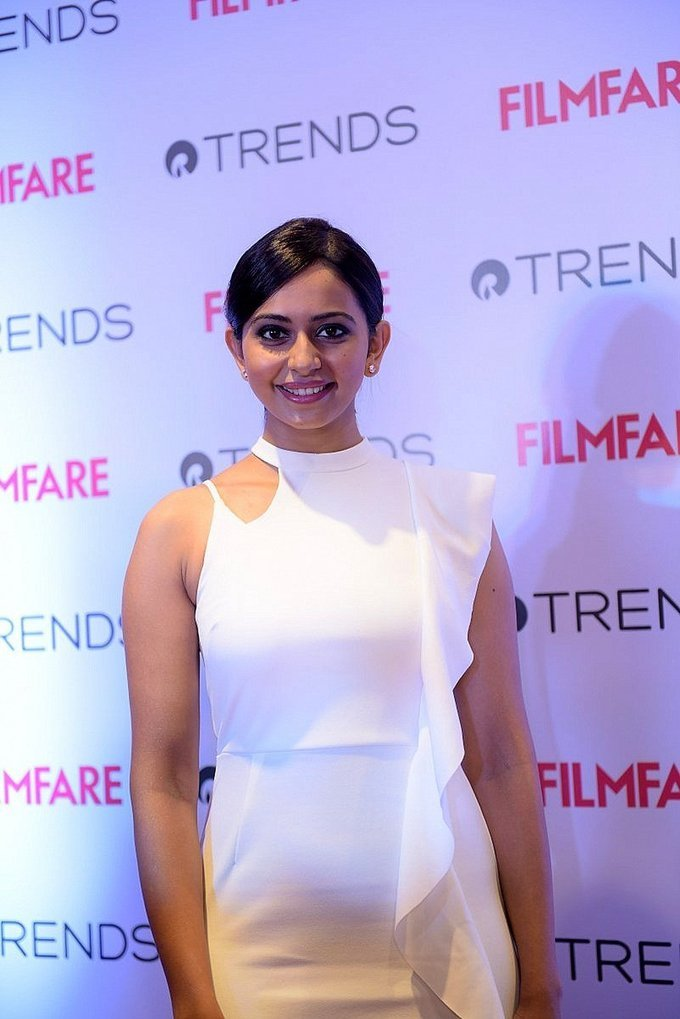 Beautiful Hyderabadi Model Rakul Preet Singh Photos In White Dress At Filmfare Meet