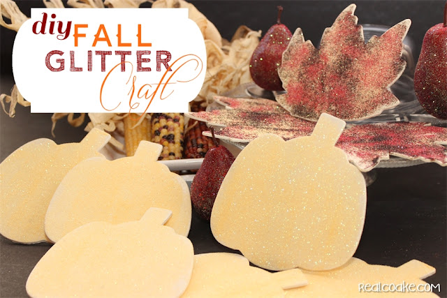 Simple DIY crafts and fall decorating ideas to make a pretty and inexpensive fall garland from realcoake.com