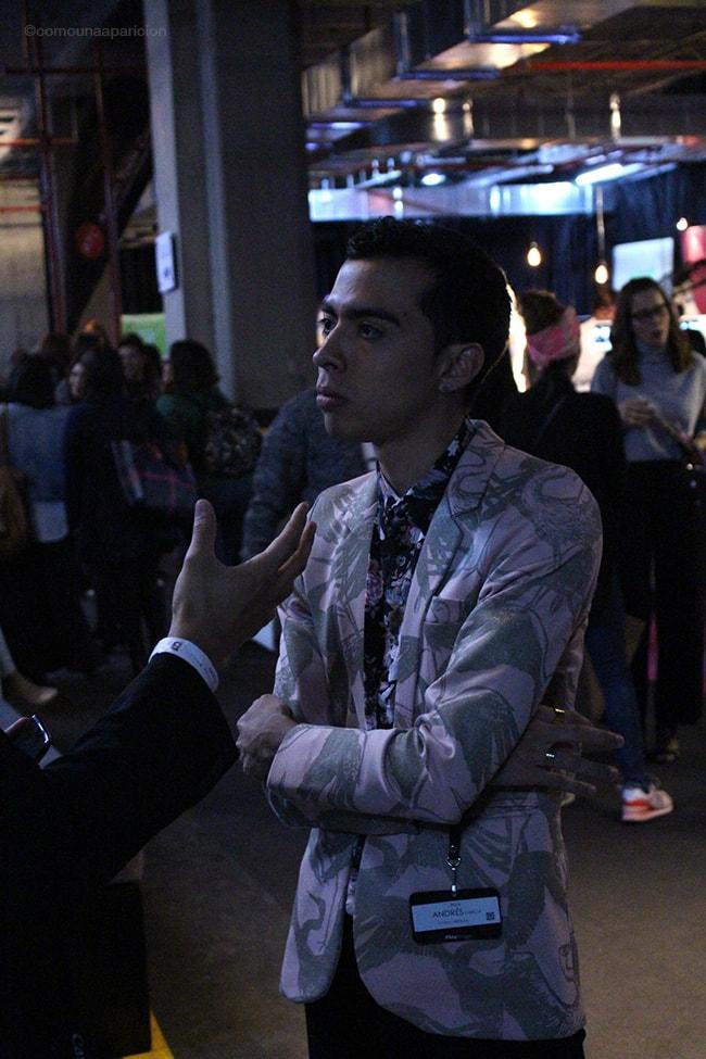 como-una-aparición-street-style-men-style-moda-masculina-fashion-prints-patterns-moda-en-la-calle-street-looks-bcapital-2016-fashion-bloggers