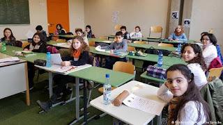 كتابة موضوع تعبير عن التعليم واهميته للمستقبل