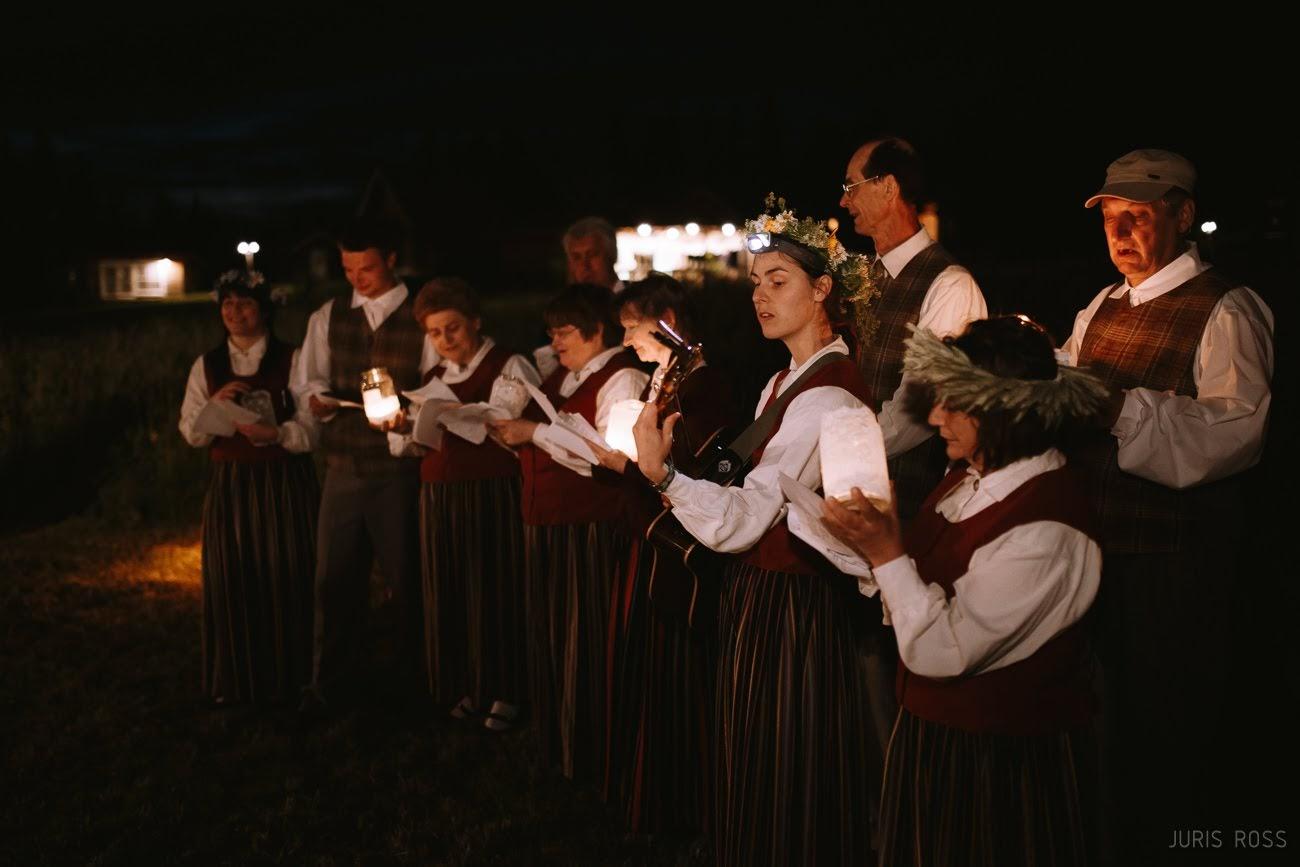 kāzu mičošanas folkloras grupa