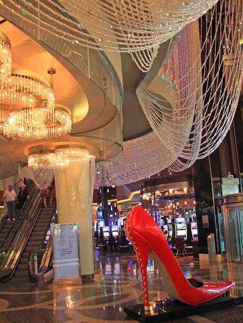 Mash Elle shares her travel tips for Las Vegas | travel Las Vegas | what to do in Vegas |