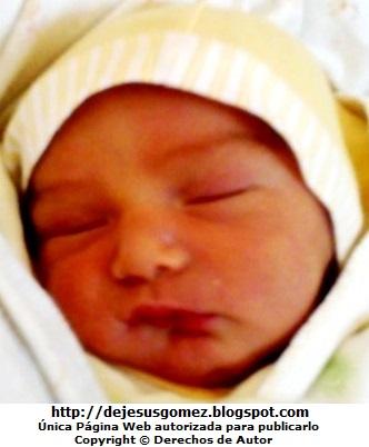Foto a la cara de una bebé hermosa. Foto de bebé de Jesus Gómez