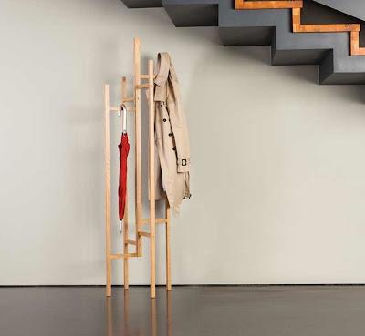 The Eigen Coat Stand blonde wood