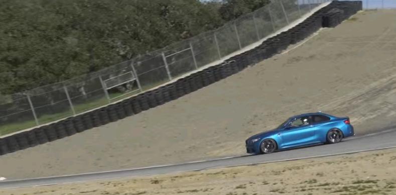 BMW M2 2016 thích hợp trên đường đua hơn là đường phố?